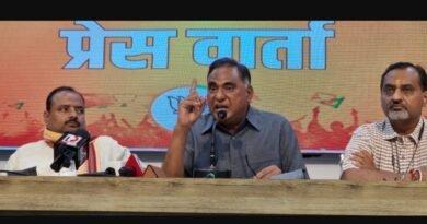 केजरीवाल सरकार लोकतंत्र की स्थापित मर्यादाओं को तोड़ रही है-भाजपा विधायक दल